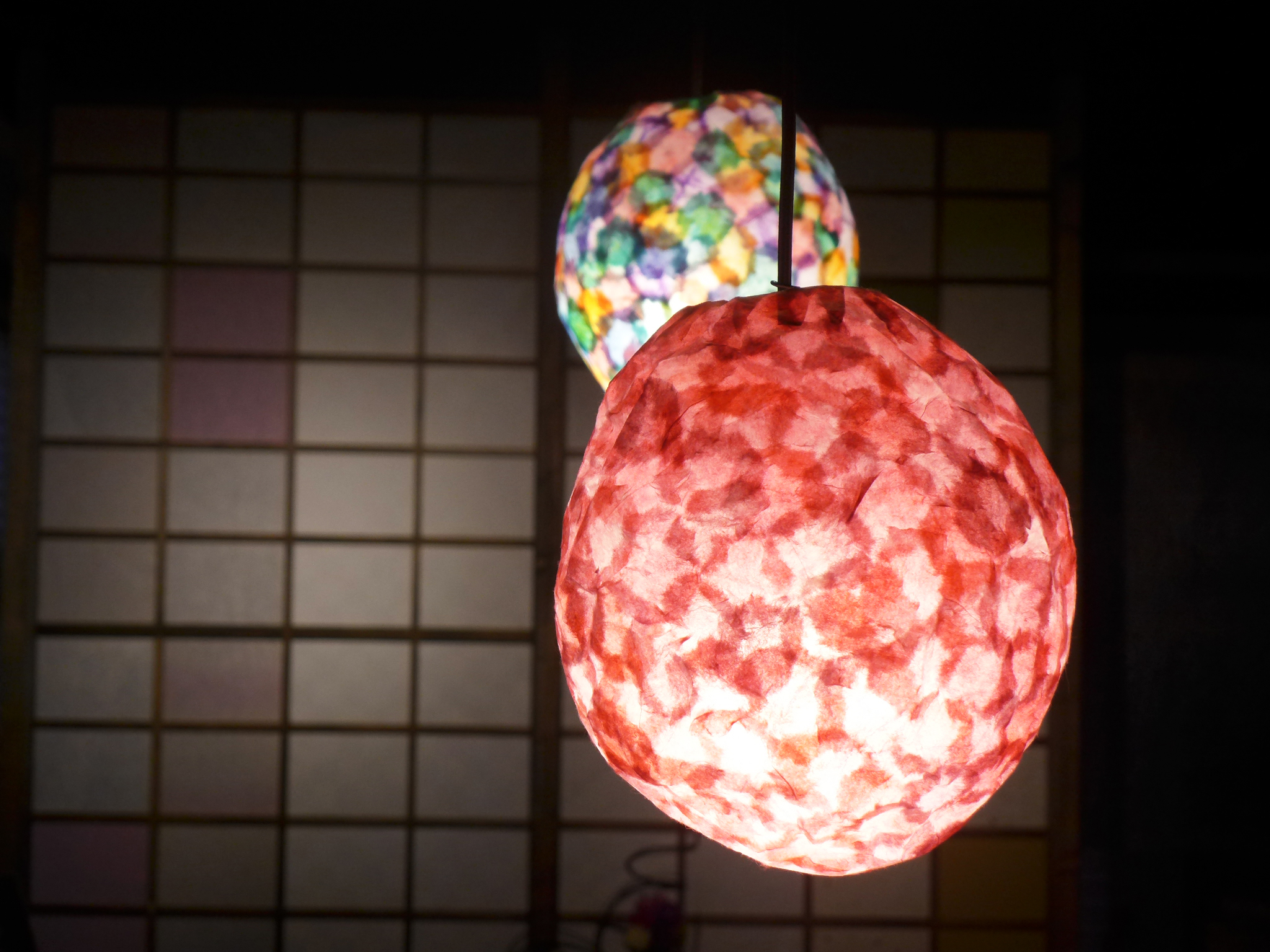 和紙の灯りで癒やされませんか?